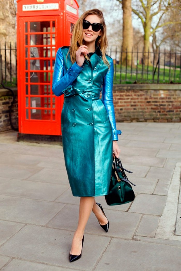 Burberry-Prorsum-Trench-Coats-For-Women-3-600x900