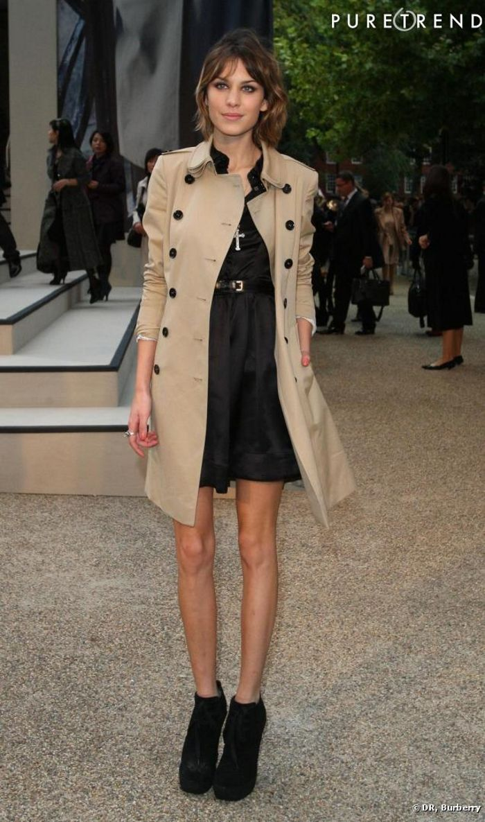 wardrobe-essentials-how-to-wear-a-trench-alexa-chung-dress-event1