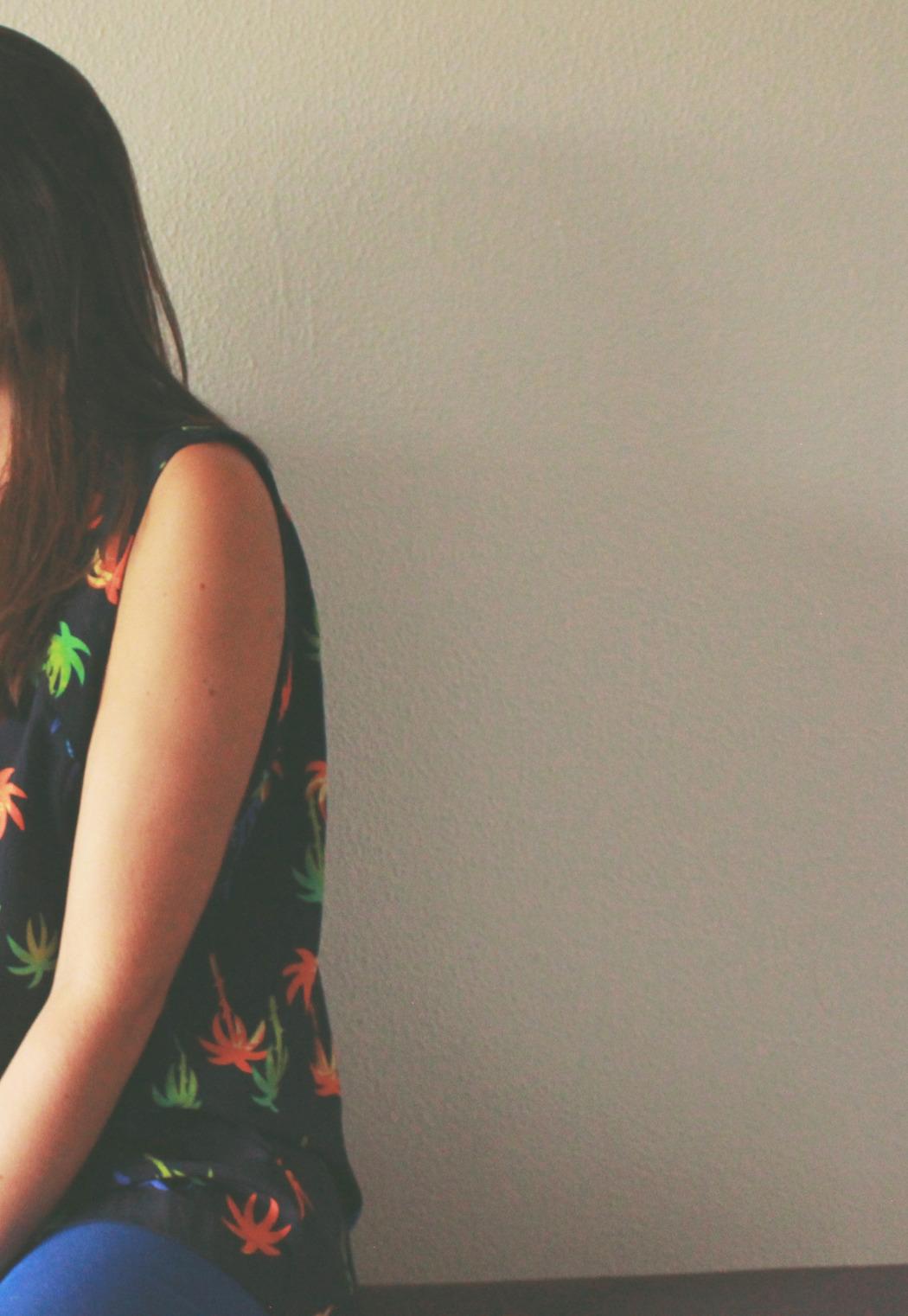4 blusa asos palmeras